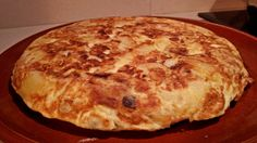 Another tortilla de patatas cooked by Azhar Media, audiovisual production company (Seville, Andalusian, Spain)