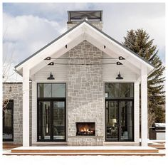 Rustic Contemporary Lake House With Privileged – House Design 2019 - nurrahabdullah Stommel Haus, Interior Design Trends, Design Exterior, Modern Farmhouse Exterior, Elegant Homes, Architect Design, The Ranch, Home Fashion, Architecture