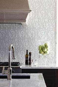 How divine is this mosaic backsplash?  Subtle and gorgeous by @newravenna