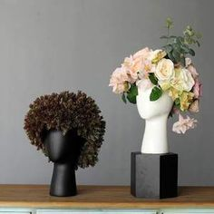 Creative human head white black decorative bastract ceramic vase without flower home model room decoration ornaments. Category: Home & Garden. Subcategory: Home Decor. Product ID: Ceramic Decor, Ceramic Vase, Large Flowers, Dried Flowers, Flower Vases, Flower Pots, Statue Art, Balloon Dog, Human Head