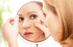 Μάσκα προσώπου με Ρόδι για να επανέλθει το δέρμα σου στο λεπτό! | Μυστικά ομορφιάς | mystikaomorfias.gr Natural Face Pack, Simple Face, Chemical Peel, Skin Tag, Best Anti Aging, How To Apply Makeup, Oily Skin, Glowing Skin, Recipes