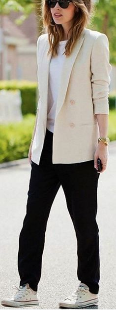 #spring #summer #street #style #outfitideas | Casual Chic Street Style