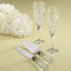 Gorham Crystal Toasting Flute and Serving Set Collection | #exclusivelyweddings | #toastingflutes