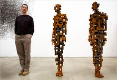 This is a photo of the artist and his work in NYC. Antony Gormley is a British sculptor Abstract Sculpture, Sculpture Art, Antony Gormley Sculptures, Sir Anthony, Pose, Steel Sculpture, Metal Sculptures, Bronze Sculpture, Land Art