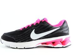 online store 03968 09c67 Nike Womens Reax 9 Run Running Shoes Size (BlackHyperPink)