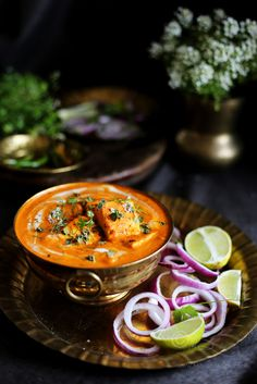 Learn how to make Shahi Paneer ~ Indian cottage cheese in creamy tomato, almond and cashew nut gravy India is the largest producer of. Veg Recipes, Indian Food Recipes, Asian Recipes, Vegetarian Recipes, Cooking Recipes, Indian Curry Vegetarian, Punjabi Recipes, Paneer Curry Recipes, Paneer Sabzi Recipe
