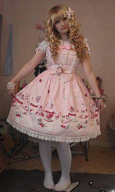 What a fantastic Brolita !!! I wish I were in her place !!! (Chloe Sissi)