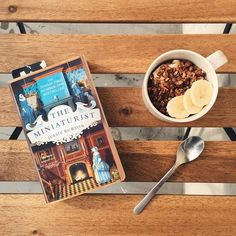 {Sunny breakfast on the balcony}  Yogurt parfait with @abbot_kinneys coconut yogurt banana and spelt chocolate crunchy cereals  a touch of raw agave syrup. #vegan #coconutyogurt #breakfast #petitdejeuner #theminiaturist by mangoandsalt