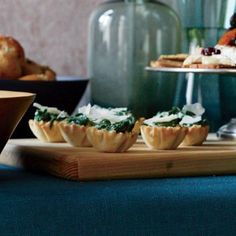 Creamed Spinach Phyllo Cups [i'm thinking a bit of feta and pinenuts might make it like spanakopita]