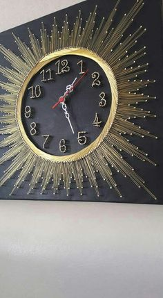 hilorama / string art   clock
