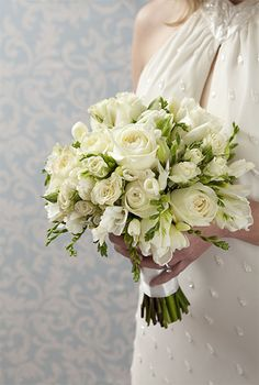 Design your own Wedding Bouquet! Easy Step by step instructions.