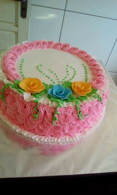 Galeria Cake Decorating Videos, Wilton Cake Decorating, Cake Decorating Techniques, Buttercream Cake Designs, Cake Icing, Cupcake Cakes, Unique Cakes, Creative Cakes, Pretty Cakes