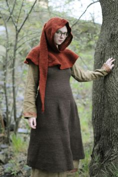 Needlebound / Nalbound dress and hood, by obel. Posted in April, 2014, in her blog [in Swedish]. The dress is the result of many weeks of needlebinding, two audiobooks and a bleeding chafe on her thumb!