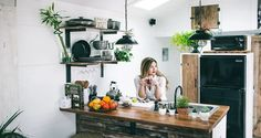 A Guide to Going Zero-Waste in Your Kitchen - fotonin Interior Design Books, Apartment Decorating Rental, Interior, Rental House Decorating, Rented Apartment Decorating, Home Decor, House Rental, Apartment Decor, Interior Design