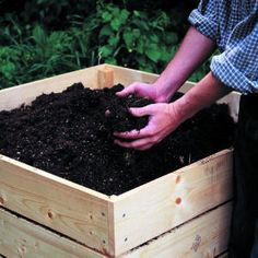 Composter instructions: http://www.sunset.com/garden/backyard-projects/build-perfect-compost-bin-00400000014936/