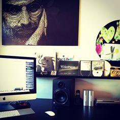 #hjemmekontorboka2012 #office #imac #stevejobs Ferien over for denne gang. - @frodelamoy- #webstagram