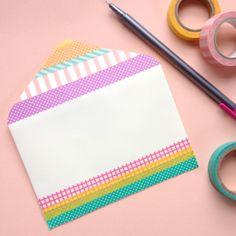 Stop sending boring mail! Dress up plain envelopes with washi tape dots stripes. Washi Tape Cards, Washi Tape Diy, Duct Tape, Masking Tape, Washi Tapes, Pocket Letter, Pen Pal Letters, Diy Envelope, Decorated Envelopes