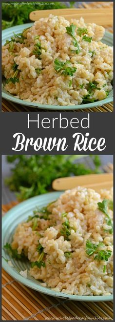Herbed Brown Rice from Whole Food | Only a few ingredients are needed for this brown rice recipe. All clean eating ingredients are used so make a batch over the weekend to eat throughout the week!