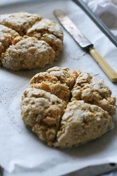 Scottish Apricot Scones / Apricot Oat Scone