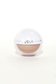 Making eye contact with your crush is sure to leave a lasting impression when you're wearing the Modern Minerals Rose Quartz Eye Shadow! Impress with this shimmery mineral powder eye shadow in a warm pink and peach hue. Ingredients: Mica, Caprylic/Capric Triglyceride, Honeysuckle Extract, Rose Extract, Vitamin E, and Colorants.