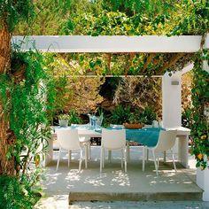 511e4216bd438-cb5_decoracao-terracos-varandas-jardins-verde-04_9.jpg (620×621)