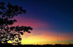 """(2017) • • #madrid #spain #vsco #vscocam #vscogram #vscogood #nature #sky #sunset #sunshine #art #photooftheday #photography #photographer #photo #photos #explore #instagram #instadaily #instaday #instagood #sunrise #minimal #canon #sony #adventure #skyporn #camera #family #orange"" by @ev.esbel. #capture #pictures #pic #exposure #photos #snapshot #picture #composition #pics #moment #focus #all_shots #color #foto #photograph #fotografia #photographyeveryday #photoart #ig_shutterbugs…"
