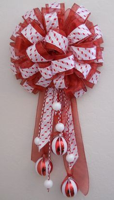 This would be good on a door or mailbox. :) Christmas Bows, Christmas Gingerbread, Christmas Things, Christmas Time, Christmas Decorations, Christmas Ornaments, Holiday Wreaths, Holiday Crafts, Ribbon Bows