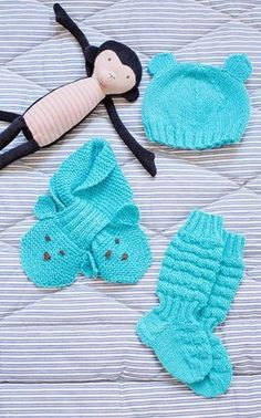 Alkuperäinen ohje on Novita Wool-langalle. Crochet Bikini, Knit Crochet, Crochet Hats, Baby Knitting Patterns, Baby Born, Handicraft, Mittens, My Girl, Diy And Crafts