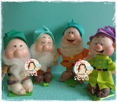 Vivendo em EVA: Festinhas lindas!! Pasta Flexible, Art Dolls, Disney, Birthdays, Anniversary, Christmas Ornaments, Holiday Decor, Ideas, Party