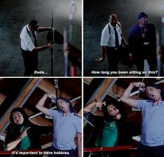 """It's important to have hobbies"" - Cisco and Joe #TheFlash"