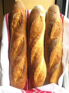 baguettes step by step. The feeling of accomplishment you'll get from pulling a deep-brown, crackly-crisp baguette out of your own oven is indescribable. Baking Flour, Bread Baking, Bread Recipes, Baking Recipes, Stuffed Baguette, Baguette Recipe, King Arthur Flour, Our Daily Bread, Artisan Bread