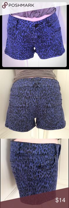 Fun Tinseltown denim shorts w/ blue leopard print Tinseltown denim shorts size 5 with awesome looking all over leopard print in a purplish blue shade. 3 front pockets and 2 in back plus stretch denim fabric make these shorts not only super cute and functional, but give them a great flattering fit as well. Very good condition, worn a handful of times. Sorry, no trades. (Morphine Generation tank pictured available soon in my closet :) Tinseltown Shorts Jean Shorts