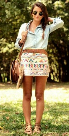 tribal print skirt, light denim shirt, brown belt and gladiator sandals outfit Aztec Skirt, Tribal Skirts, Estilo Casual Chic, Summer Outfits, Cute Outfits, Summer Clothes, Mein Style, Mode Vintage, Mode Inspiration