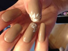 Harmony Gelish - Taupe Model with water decal nail art