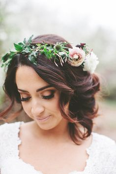 Boho wedding hairstyles. A flower crown and a curly updo. Vivian Makeup Artist.