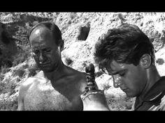 La caza (Carlos Saura 1966)  Explora el tema de la violencia.  Está llena de imagenes de la Guerra Civil, el protagonista representa una esperanza para un futuro alejado del pasado traumático.