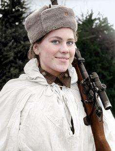 Colored second world war images. Roza Shánina (1924-1945), francotiradora durante la Segunda Guerra Mundial.