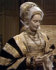TBT: The Six Wives of Henry VIII (1970) – Anne Of Cleves, Anne Boleyn, Wives Of Henry Viii, Tudor Fashion, Plantagenet, Tudor History, Renaissance Fair, Historical Costume, Period Dramas
