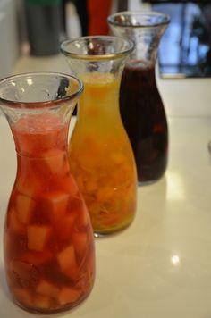 Sangria, la blanche aux abricots Plus Sangria Rouge, Hibiscus, Cocktails, Drinks, Hurricane Glass, Smoothies, Tableware, Punch, Food