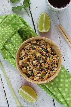 Laap de tofu, salade laotienne