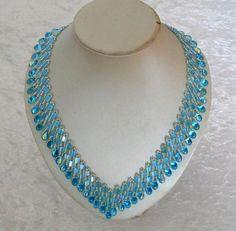 Tilakette in aqua-crystal von Isabella´s Perlenkisterl auf DaWanda.com