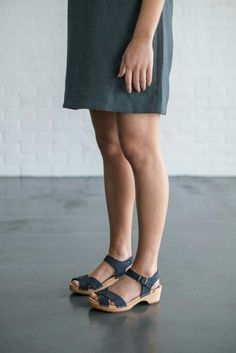 Mia Clog in Navy Suede  #funkis