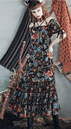 Bohemian short sleeves off-the-shoulder ruffled floral printed chiffon maxi dress