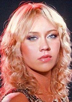 Agnetha Fältskog the sad looking ABBA blonde Pop Rock, Female Singers, Debut Album, Mannequins, Pop Music, Music Artists, Brighton, Sexy, Marie