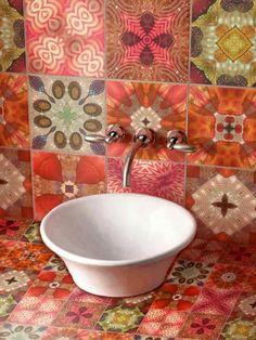 Badezimmer Einrichten Klinker Wand Design Putz Badewanne Holz ... Badezimmer Klinker