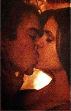 Do This DErs! We  Delena   My #TeenChoice nominee for #ChoiceTVChemistry and #ChoiceTVLiplock is Damon and Elena