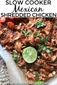 Hi ya guys! How's it going? We've got this super summer Slow Cooker Mexican Shredded Chicken on deck tonight. It's easy to throw all the ingredients into one pot, let it cook, and then shred Slow Cooker Mexican Chicken, Mexican Shredded Chicken, Slow Cooked Chicken, Shredded Chicken Recipes, Chicken Cooker, Chicken Meals, Chicken Tacos, Ww Recipes, Slow Cooker Recipes
