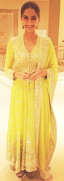 Sonam Kapoor wearing Abu Jani Sandeep Khosla