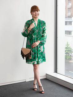 ノスタルジックなフラワー柄で最旬スタイルに。「エル・ショップ」プレス、藤林美紀さんのお呼ばれスタイルをご紹介。