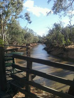 View along the Campsape river from Beechworth Bakery, Echuca